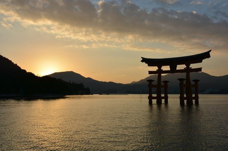 shrine-1030442_960_720